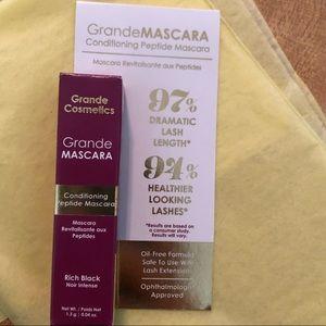 Grande Conditioning Peptide Mascara